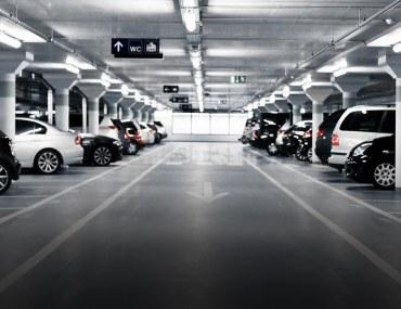 parking plazas